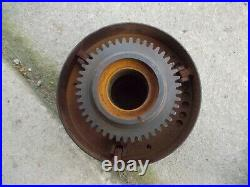 Unstyled John Deere G JD tractor clutch belt pulley F179R & drive gear F184